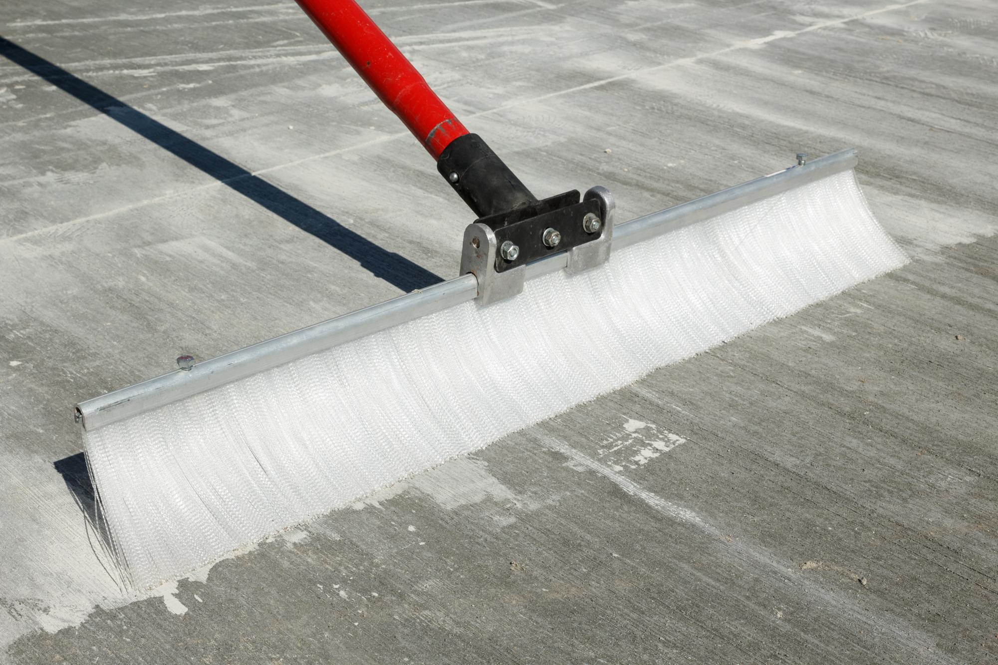 broom finish driveway